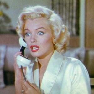 gentlemen_prefer_blondes_movie_trailer_screenshot_16-1