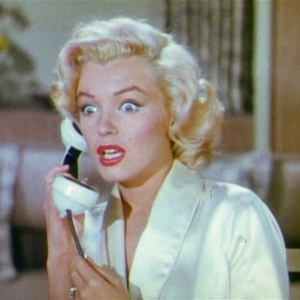 gentlemen_prefer_blondes_movie_trailer_screenshot_16-1