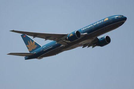 Vietnam_Airlines_772_VN-A141