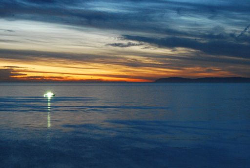 512px-Beach_Sunset_Newport_Coast_(6677432533)