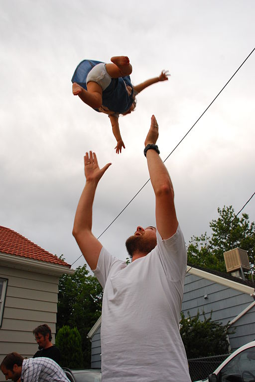 512px-Tossed_baby_seen_from_below