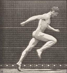 256px-Nude_man_running_(rbm-QP301M8-1887-068a~6)