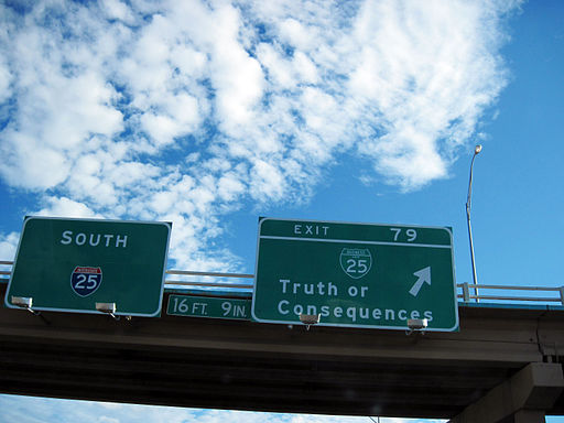 512px-sign_-_new_mexico_-_truth_or_consequences_-_exit_4892943477