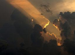 256px-soleil_couchant_sur_le_vercors